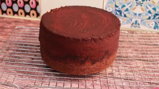 Design sem nome 1 1 - Como fazer bolo bombom de morango