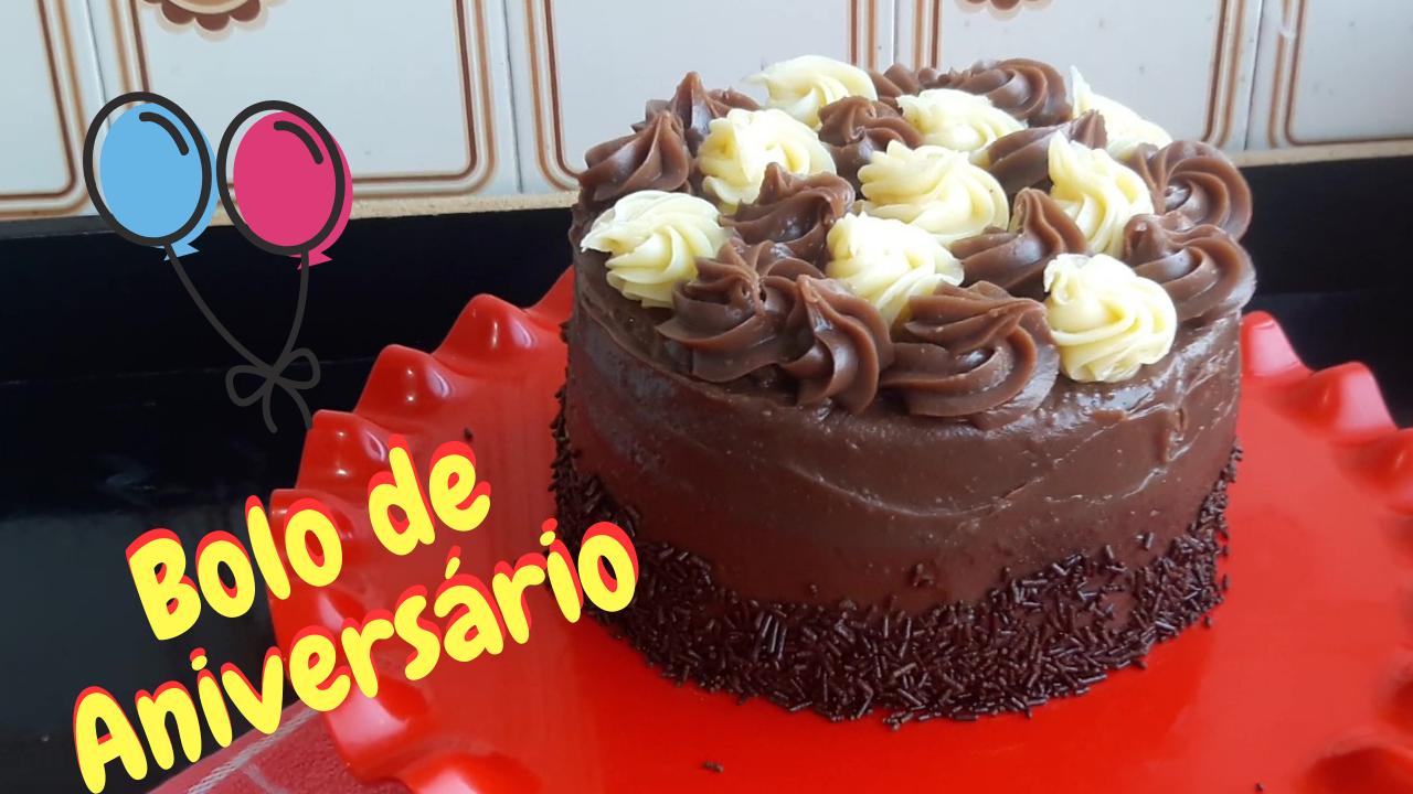 Bolo de Aniversário de Chocolate Simples - Passo a Passo
