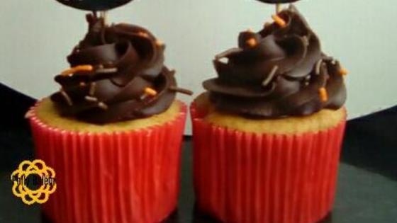 Polly Belem 3 - Bolo de Aniversário de Chocolate Simples - Passo a Passo