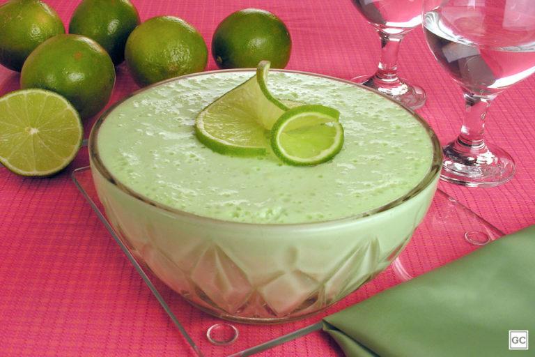 musse liquidificador certo 768x512 - 3 Sobremesas deliciosas com Limão