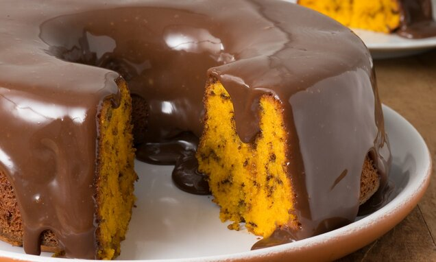 Calda de Chocolate Fácil para Bolos